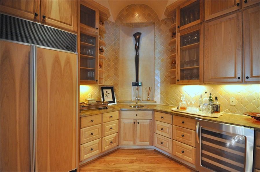 4009 meadowlake lane kitchen cabinets