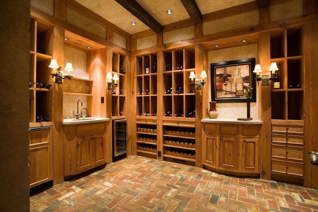 wine storage 1.3